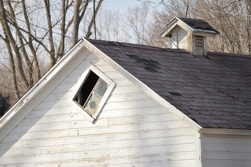 Roof Replacement in Perth: How Often Should You Replace ...